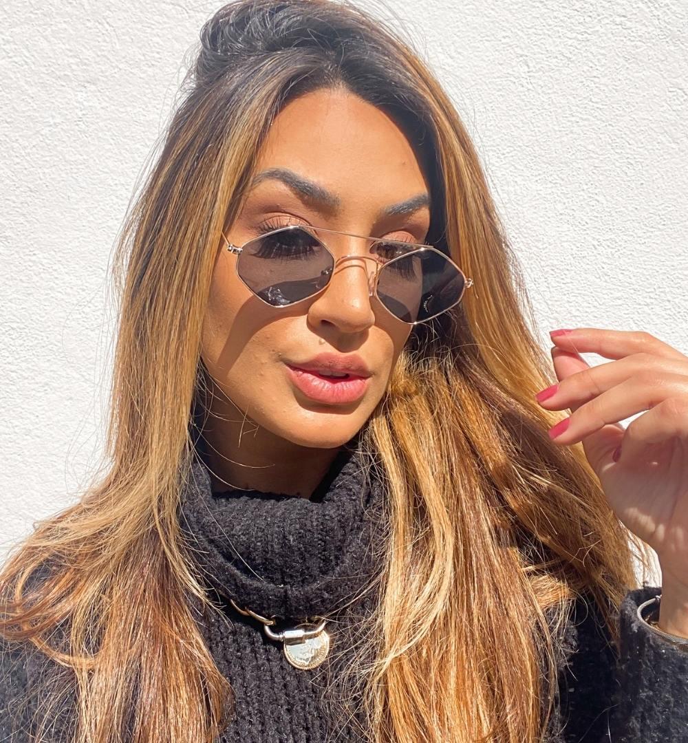 Óculos Emily Preto com dourado