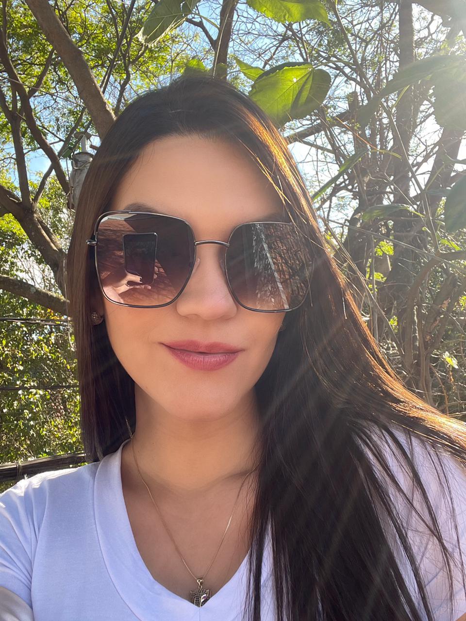 Óculos Mona Preto com Dourado