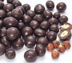 DRAGEADO AVELÃ COM CHOCOLATE 70% - 100G