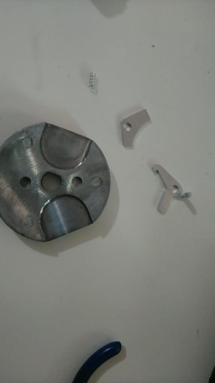 Kit 2 Maquina de Bolinha Full Metal+ 2 Pedestal + Bolinha Pula Pula 27mm Sortida