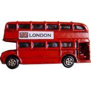 Puxador Infantil Resina Ônibus Londres