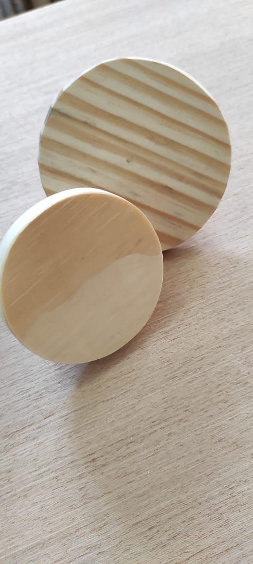 Cabide de madeira pinus natural