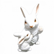 Coelha com Filhote Resina Branco Vida 21X18X30cm