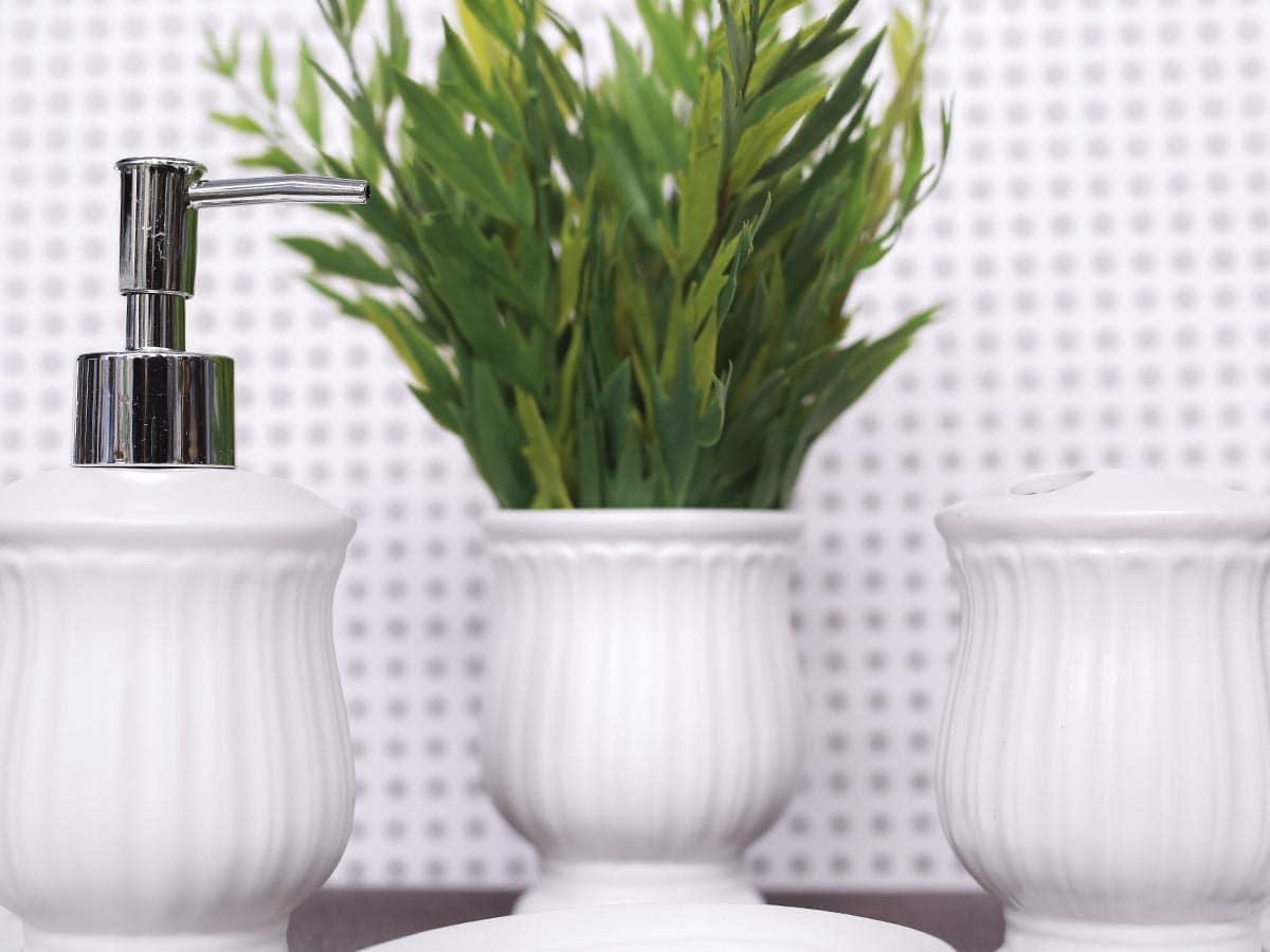 Jogo para banheiro em Cerâmica Branca - 4 Peças - 5525