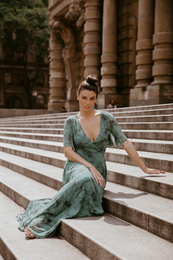 Vestido Longo Estampado com Fenda Lateral