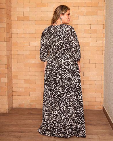 Vestido Longo Plus Estampa Zebra Manga 3/4