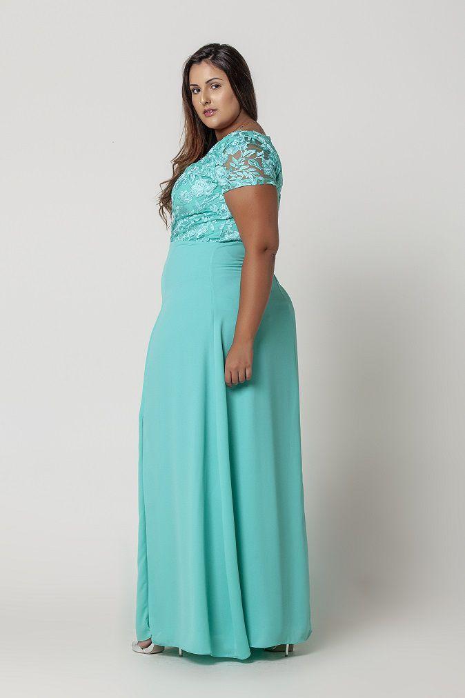 Vestido Plus Size Decote Princesa Busto Bordado