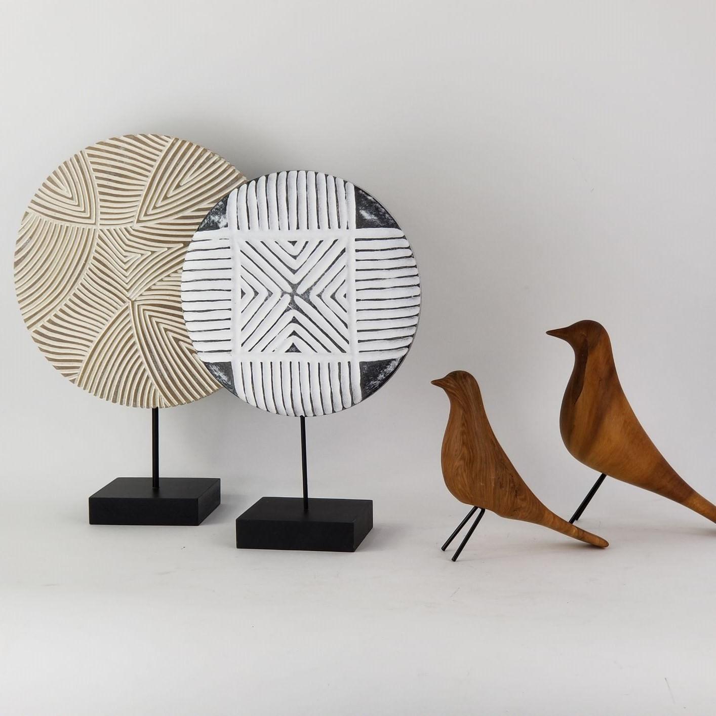 Kit Dois Passarinhos Decorativos De Cerâmica Cor Madeira