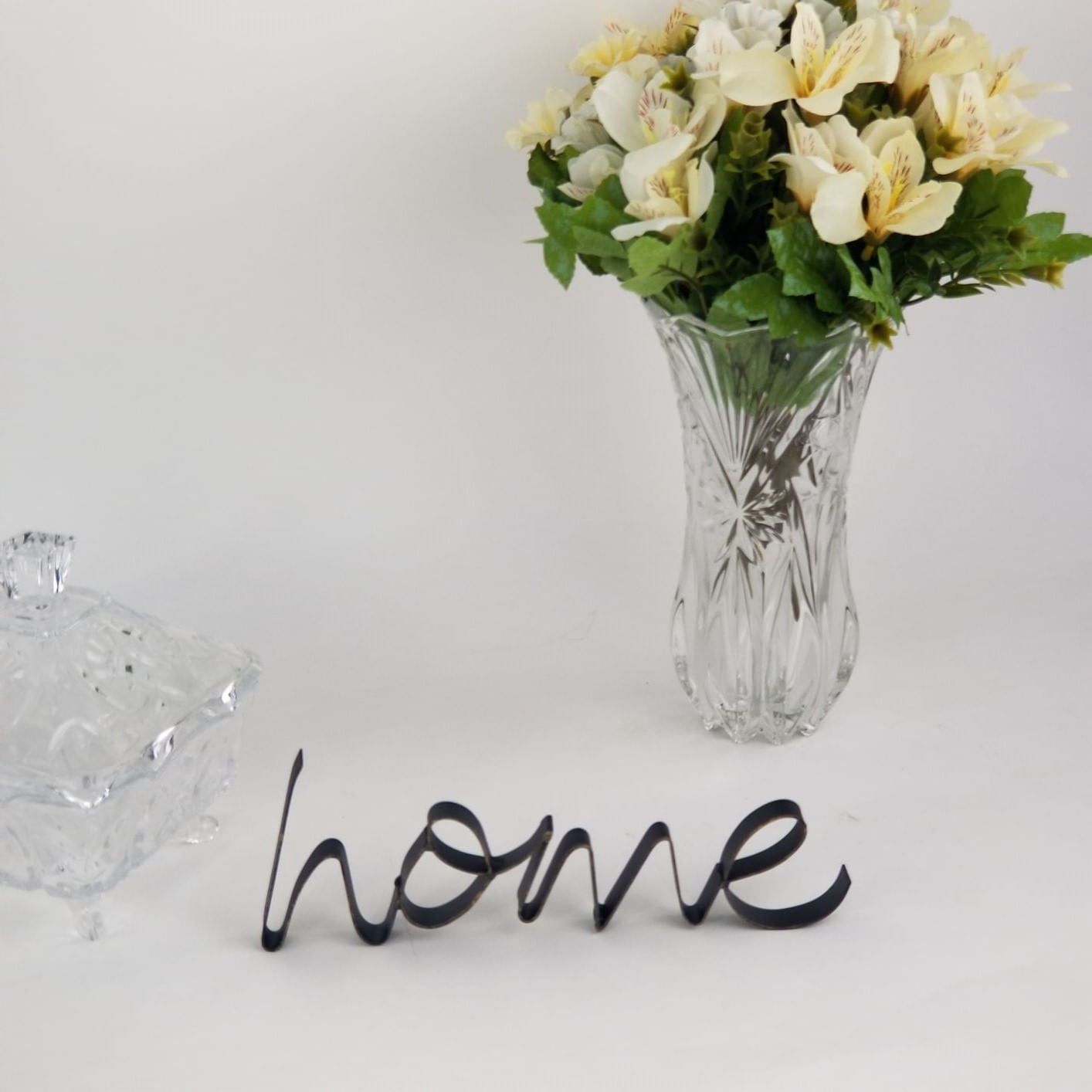 Peça Decorativa Palavra Home - Letras Preto Com Dourado