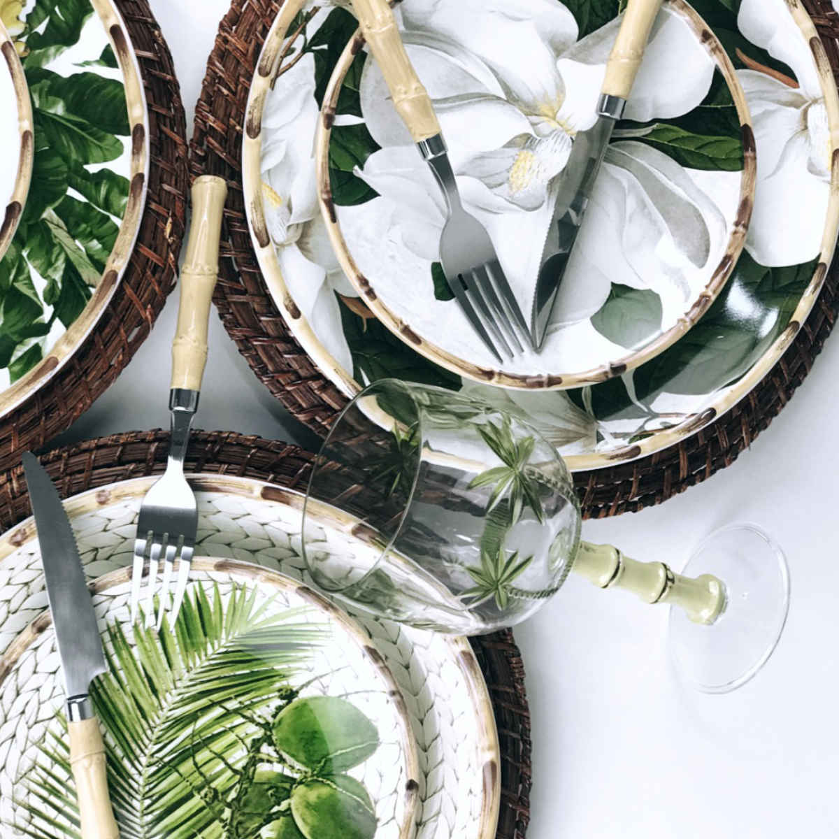 Pratos Rasos Com Estampa de Magnólia e Borda Bambu (6 peças)