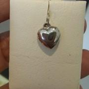 Pingente Coração Liso 13mm Em Ouro Branco 18k - 750 - 0,80grs