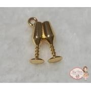 Pingente taças douradas(1 unidade)