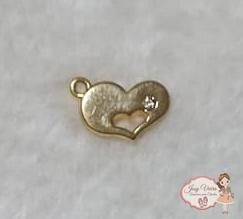 Pingente coração dourado com strass(1 unidade)