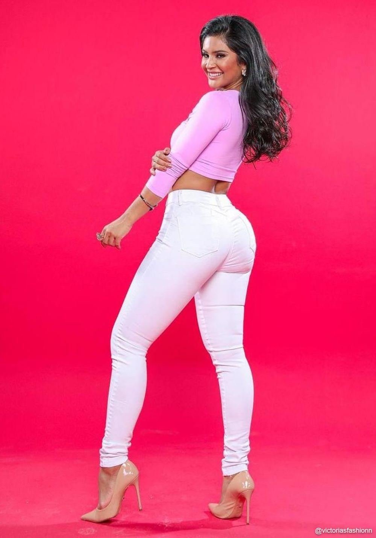 Calça Jeans Premium Básica Branca