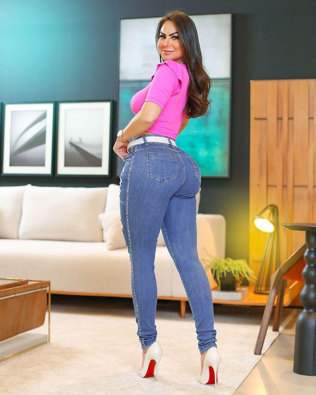 Calça Jeans Premium Destroyed com Cinto de Brinde