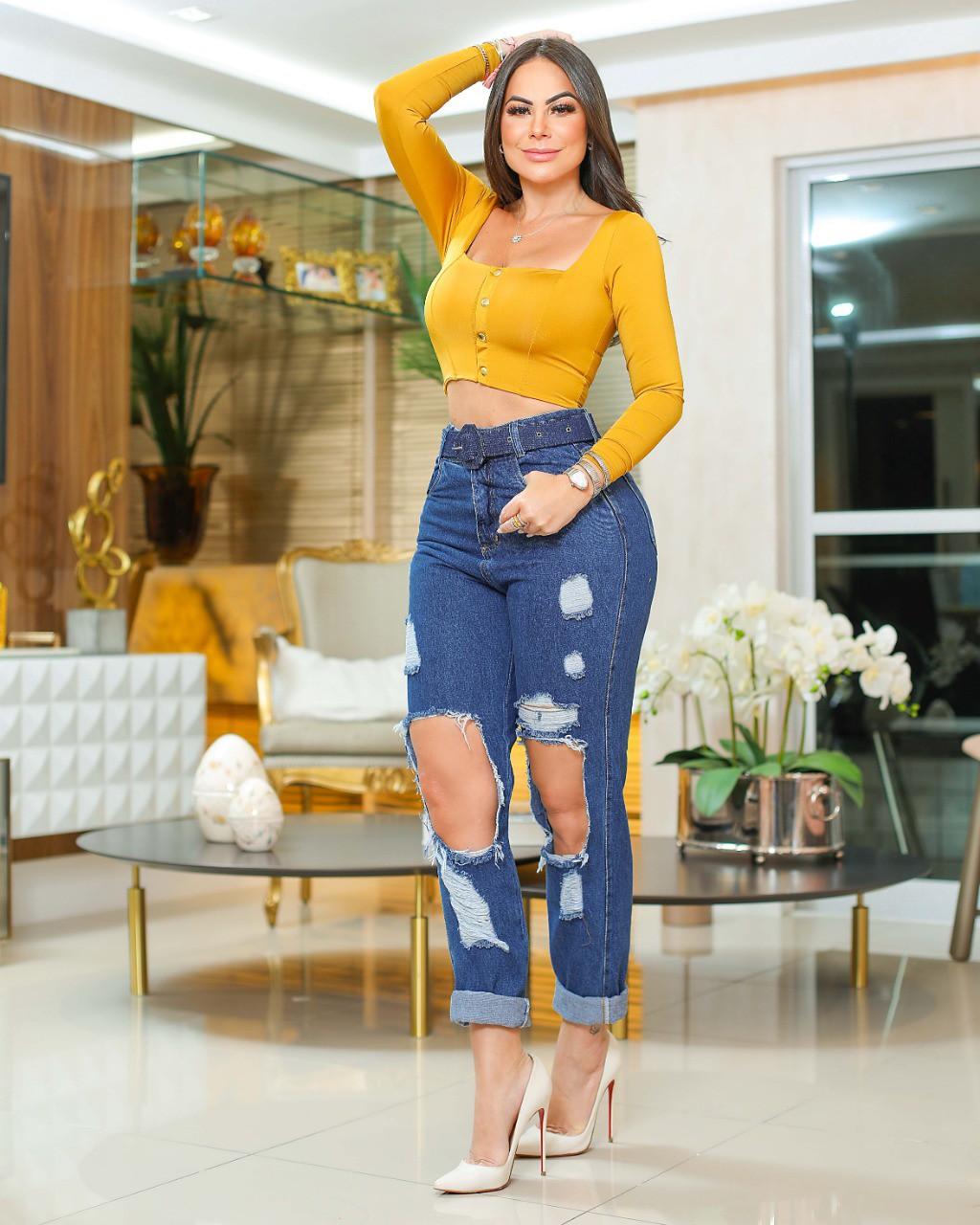Calça Mom Jeans Premium Cintura Alta Rasgada