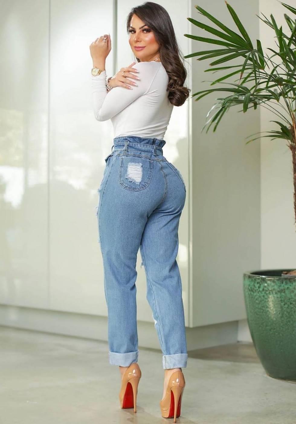 Calça Mom Jeans Premium Destroyed