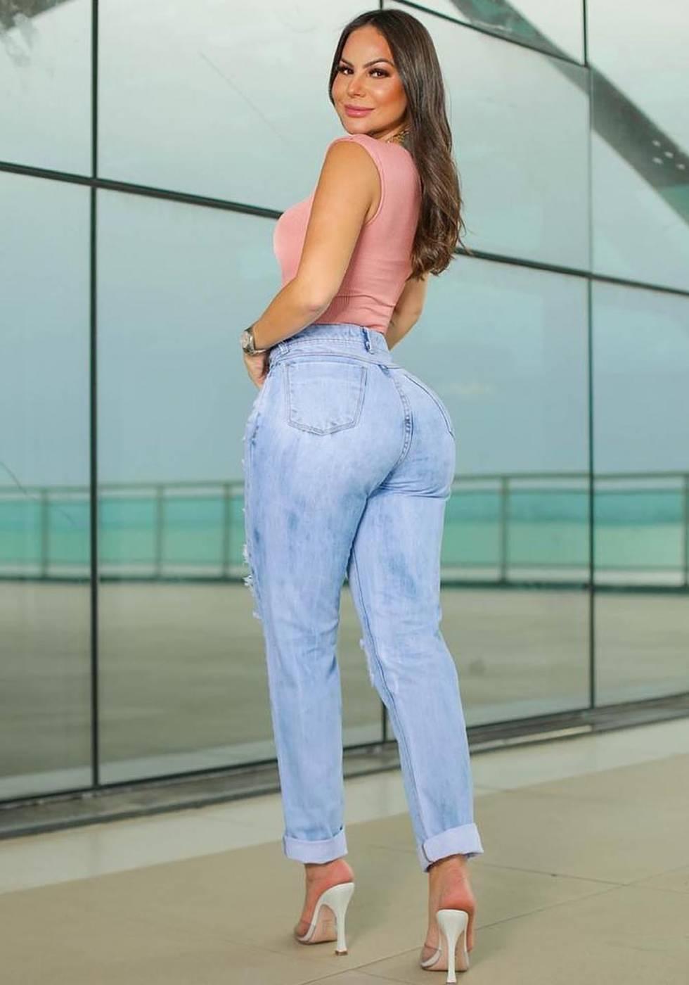 Calça Mom Jeans Premium Destroyed Clara 02