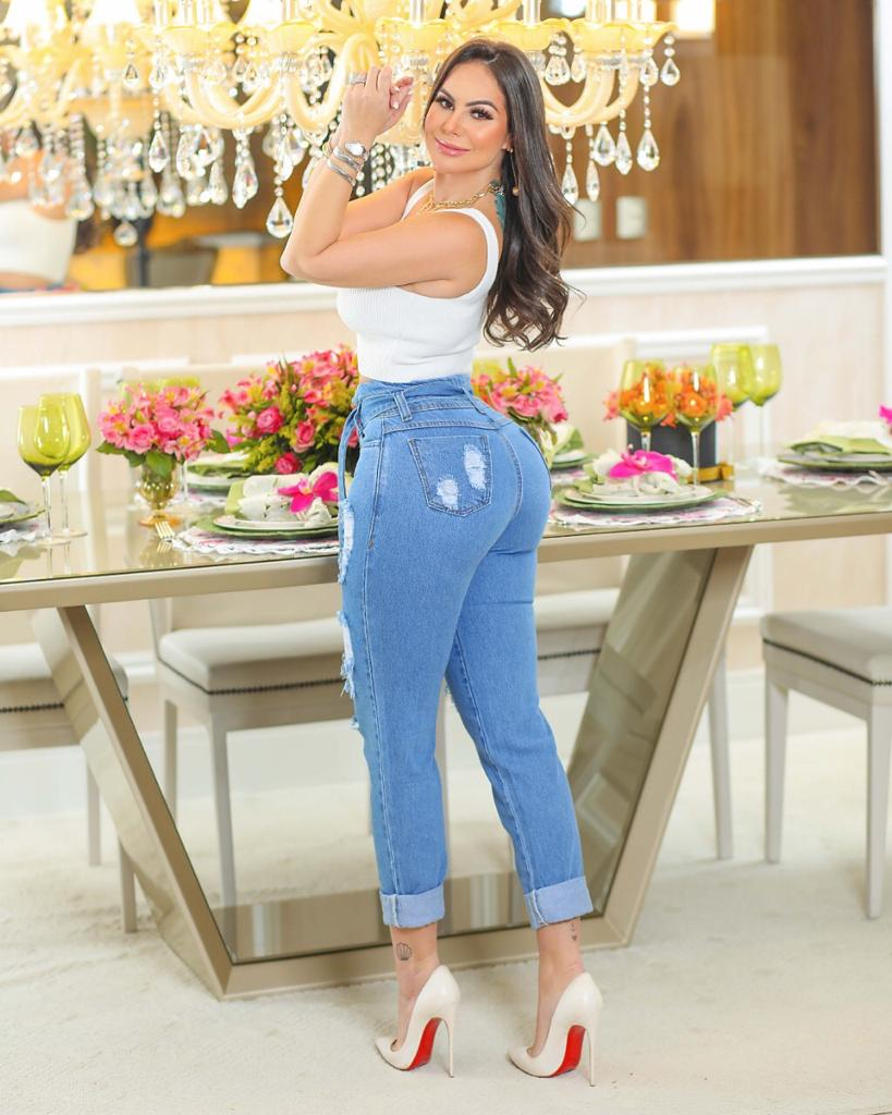 Calça Mom Jeans Premium Destroyed com Cinto 01