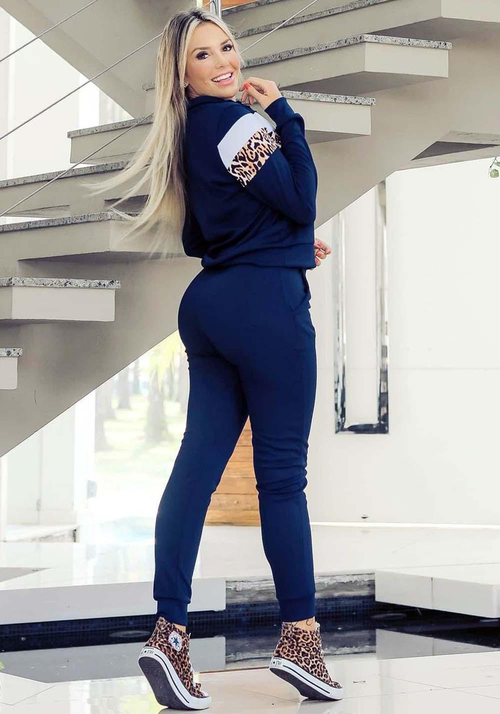 Conjunto Crepe de Calça em Blusa Azul