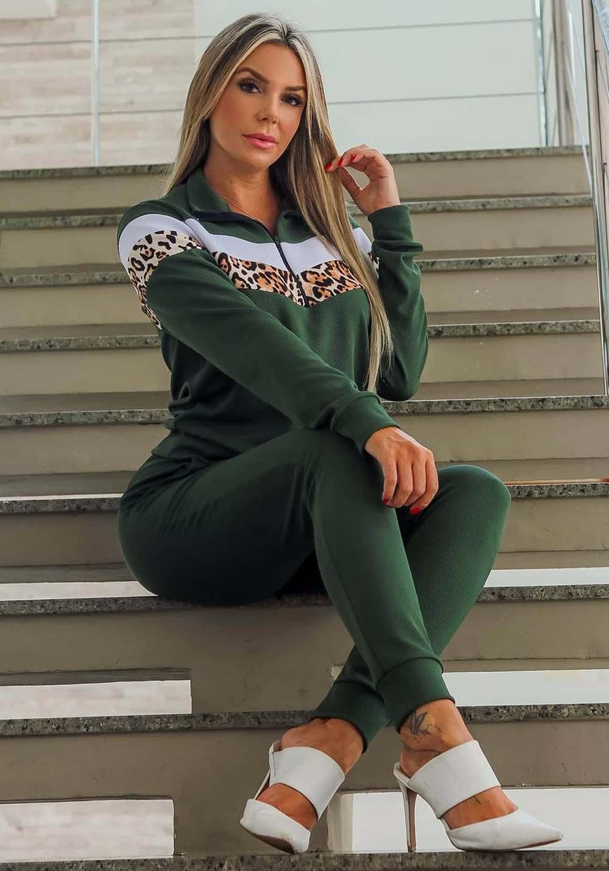 Conjunto Crepe de Calça em Blusa Verde