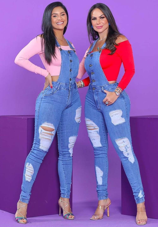 Macacão jardineira Jeans Premium Destroyed com Botões