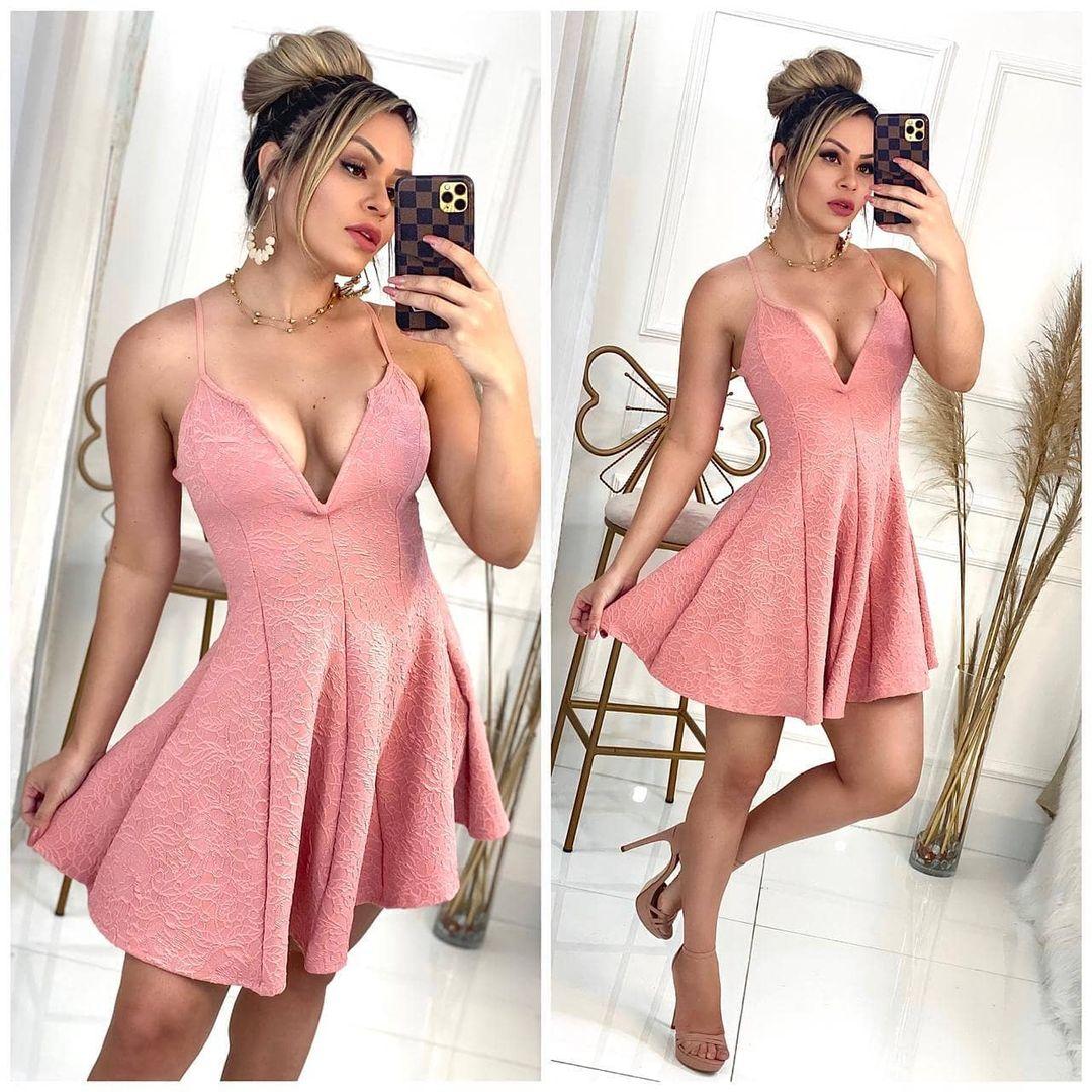Vestido Curto Boneca Decote V Rosê