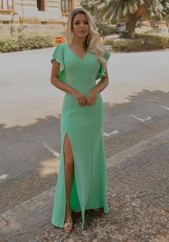 Vestido de Festa Longo em Crepe com babado nas costas Verde