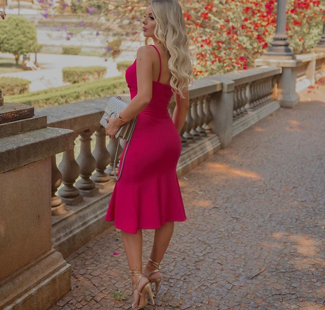 Vestido de Festa Midi Peplum Alcinha
