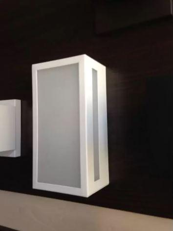Arandela Box Rasgo Lateral - Branco