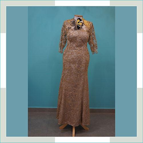 Vestido de festa bege com dourado  - FERRONI STORE ROUPAS E ACESSÓRIOS
