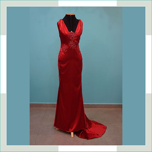 Vestido de festa vermelho cauda I  - FERRONI STORE ROUPAS E ACESSÓRIOS