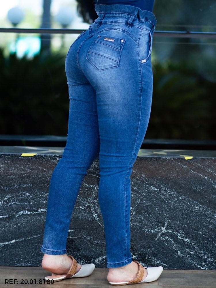 Calça feminina clochard