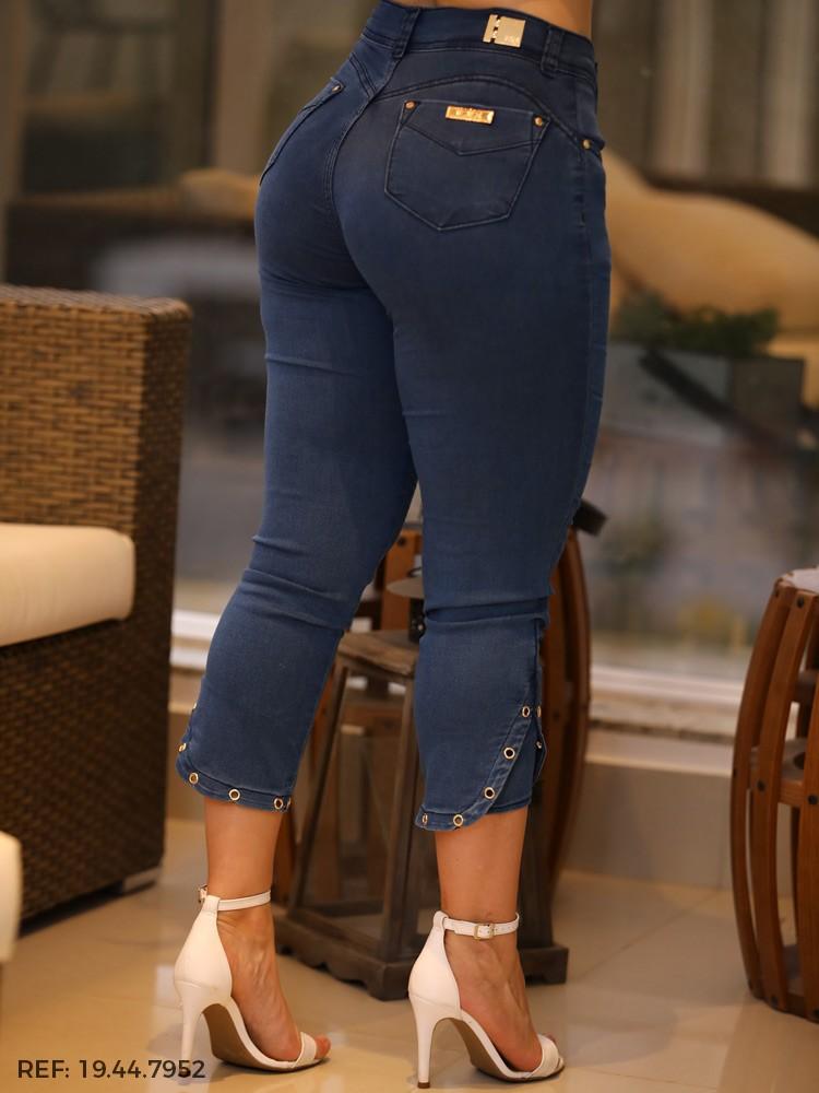 Capri feminina gisele