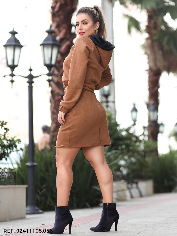 Conjunto feminino conforte com saia