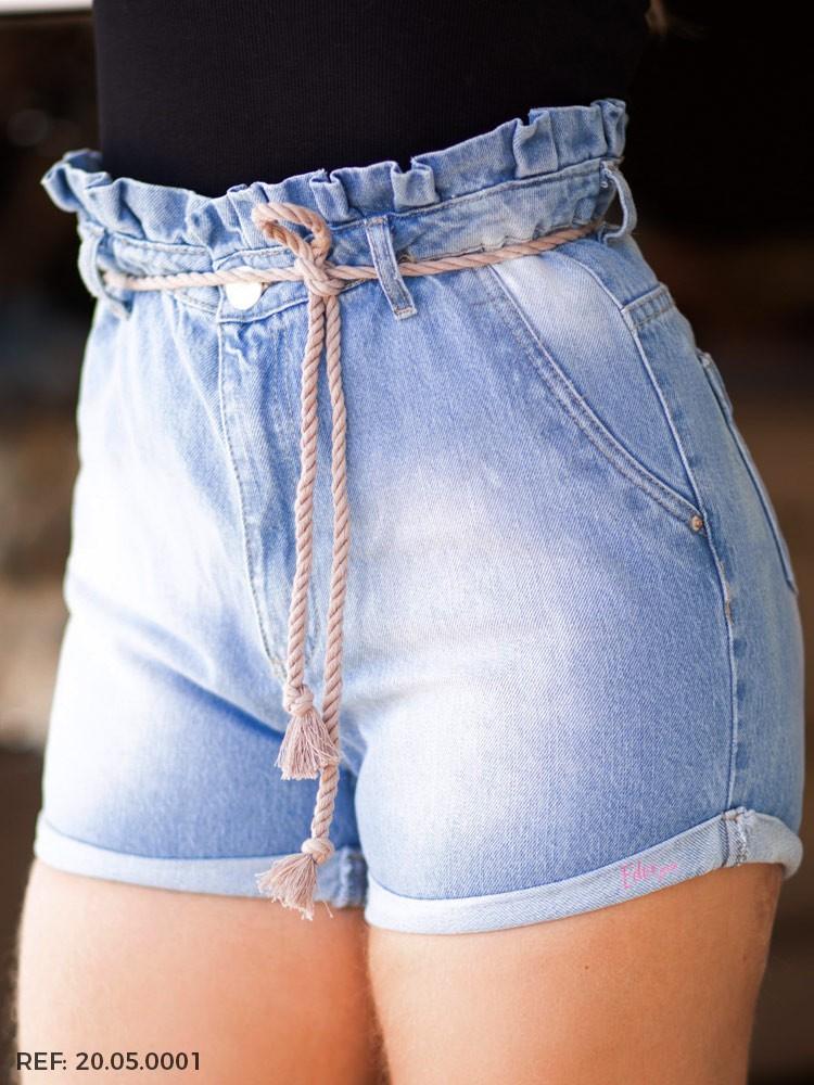 Shorts feminino clochard cinto