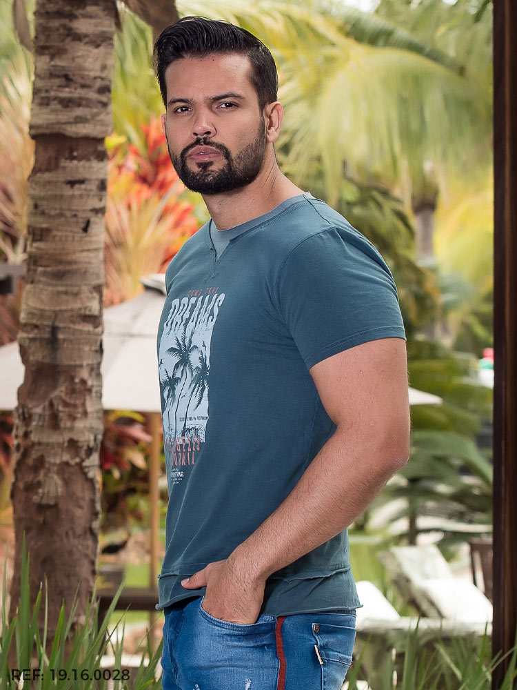 T-shirt masculina manga curta lavada