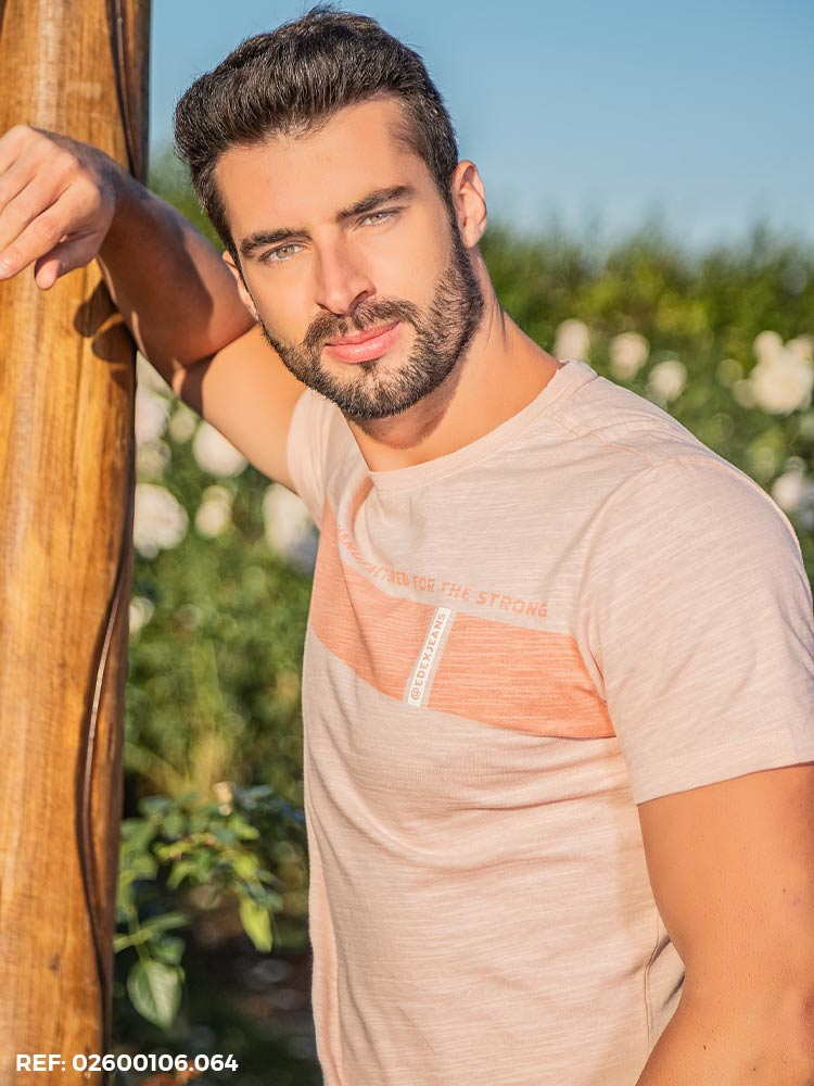 T-shirt masculina slim mc gola O