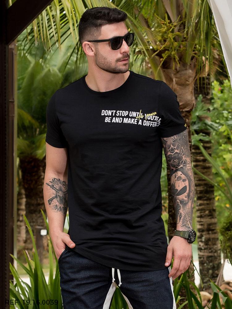 T-shirt masculina slim mc gola o long