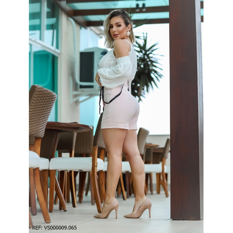T. Shorts Feminino