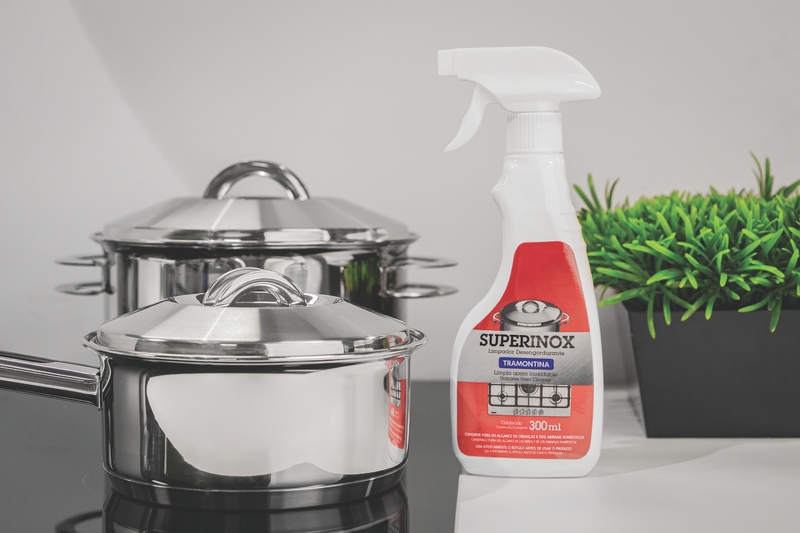 Limpador Líquido para Polir e Remover Manchas em Aço Inox - Tramontina