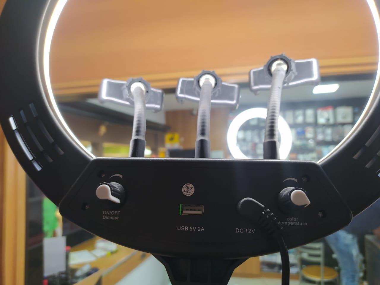 RING LIGHT PROFISSIONAL COM TRIPE DE 2.20M E SUPOR