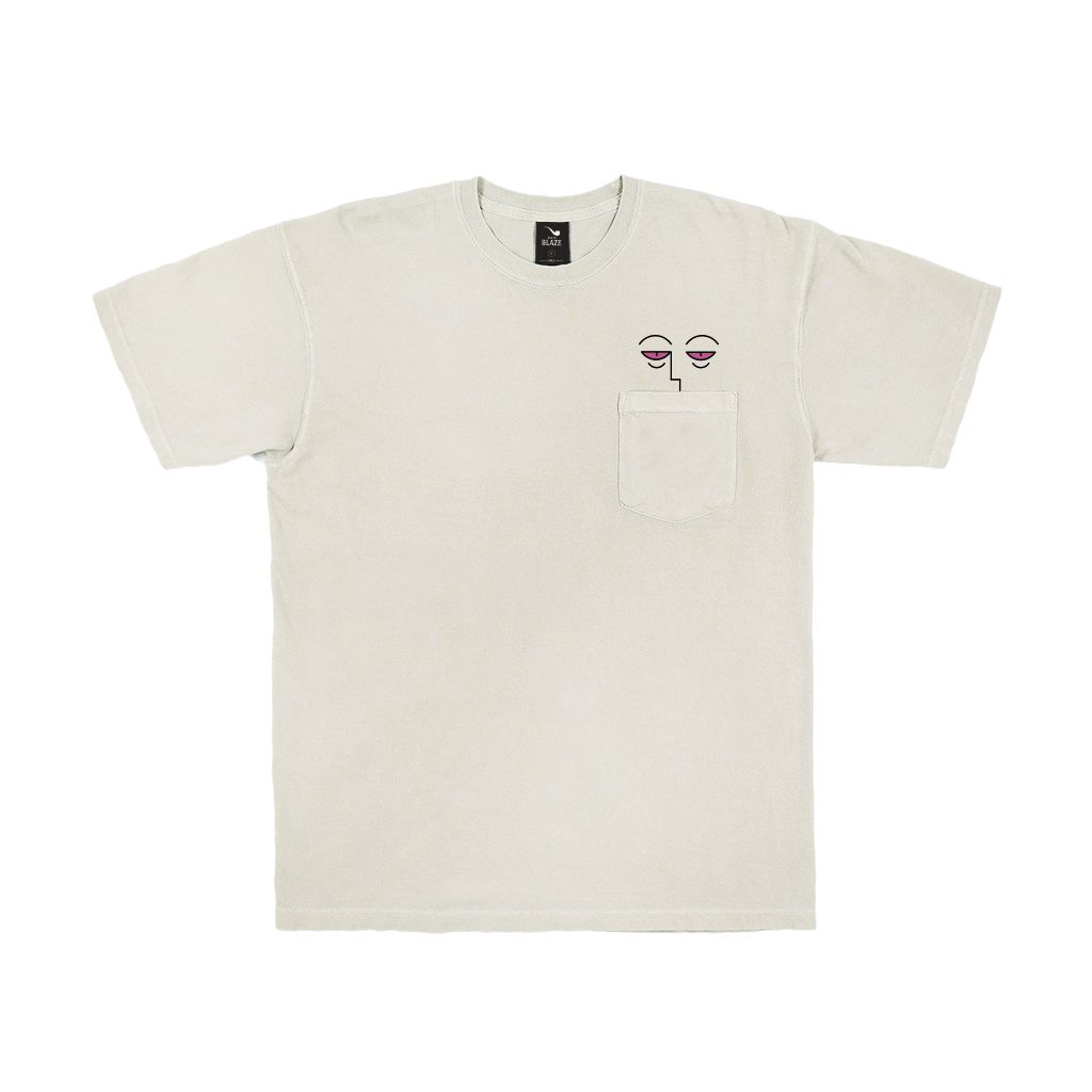 Camiseta Pocket Tee Eyes Sand Blaze Supply