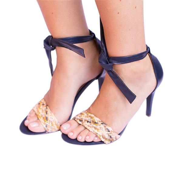 Sandália Amarração Marinho Com Cordão Trançado Salto Fino