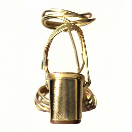 Sandália Ouro Metalizado Com Amarração Tiras Color Salto Grosso