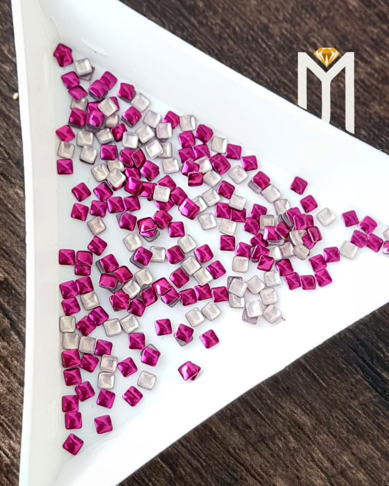 CHAPINHA METAL QUADRADA 2X2 ROSA PINK 1