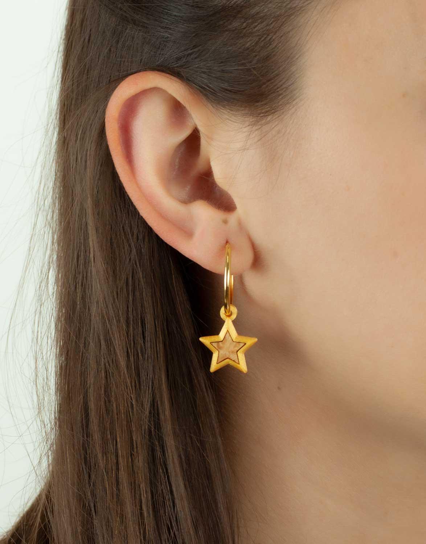Brinco Argola Ouro Estrela 3D e Madeira