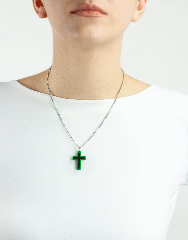 Colar Crucifixo 3D e Madeira