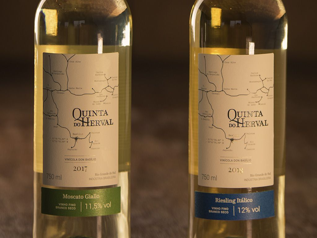 Caixa de Vinho Quinta do Herval Mix  Riesling +  Moscato Giallo - 6 unidades