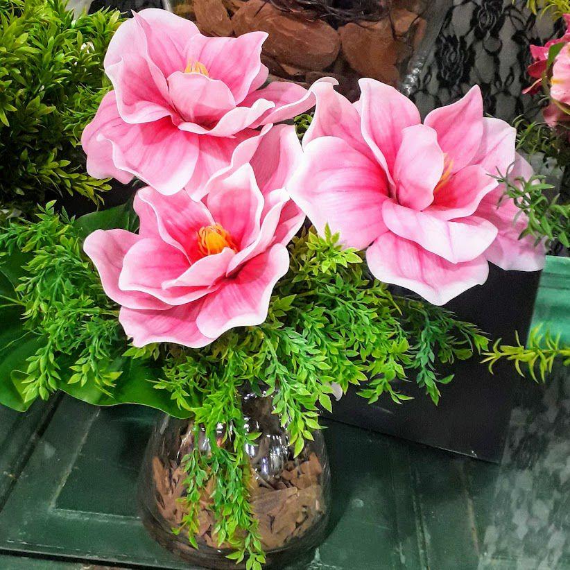 4 hastes de flor artificial magnólia em silicone